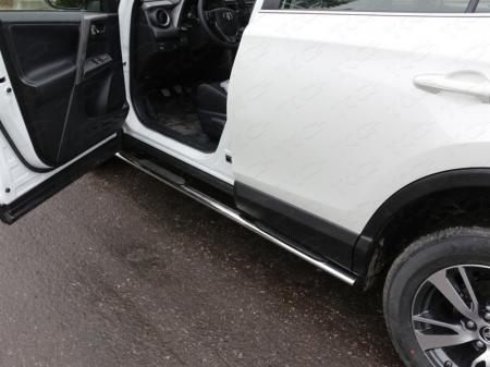 Toyota RAV4 2015 Пороги овальные с накладкой 75х42 мм